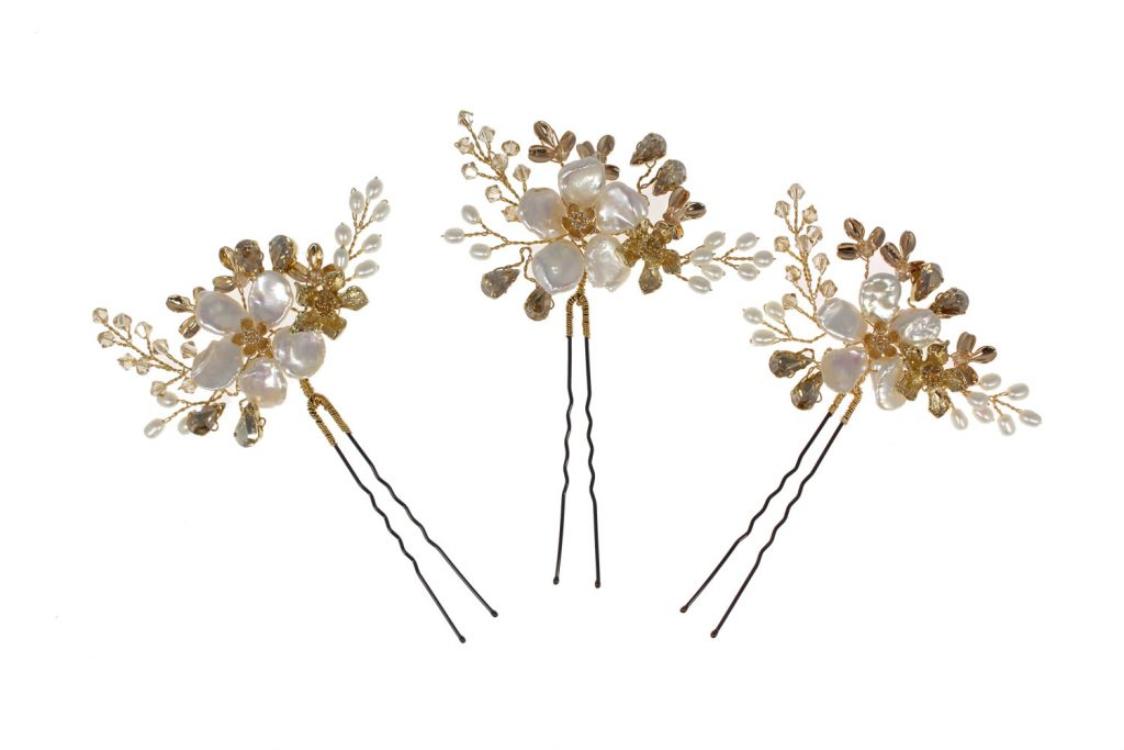Golden wedding hair flower hairpins of pearl and crystals
