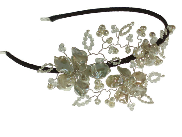 Image of Pearl Flower Vintage Wedding Side Tiara Hair Accessory - click to view