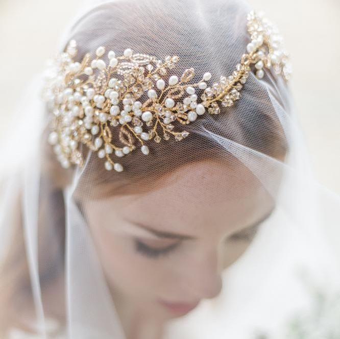 Image of gold and honey coloured leaf hair garland - click to view