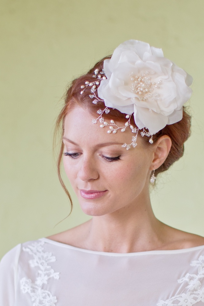 Image of Silk flower headdress headpiece - click to view