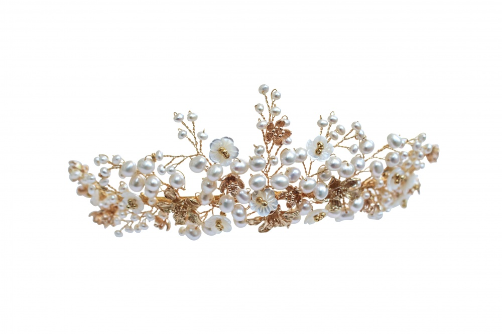 Image of golden tendril pearl and Swrovski crystal tiara - click to view