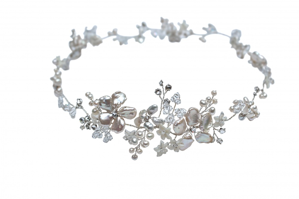 Image of pearl flower and swarovski crystal garland - click to view