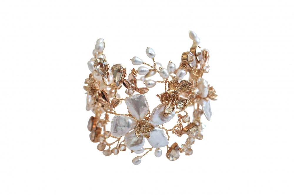 Image of flower pearl champagne swarovski crystal bracelet - click to view