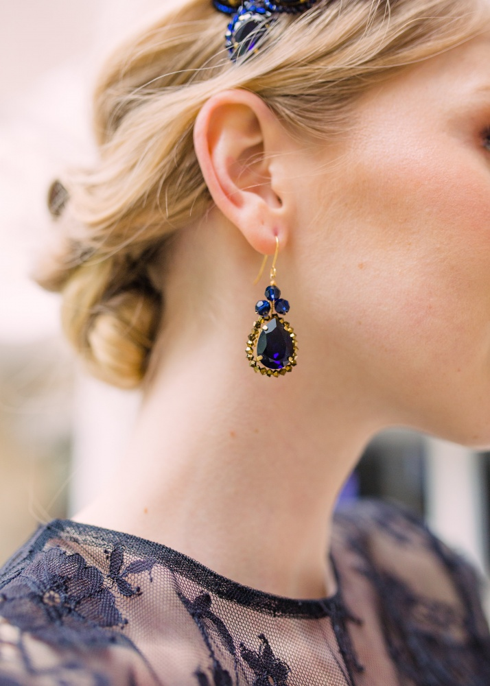 Image of navy blue Swarovski crystal droplet earrings - click to view
