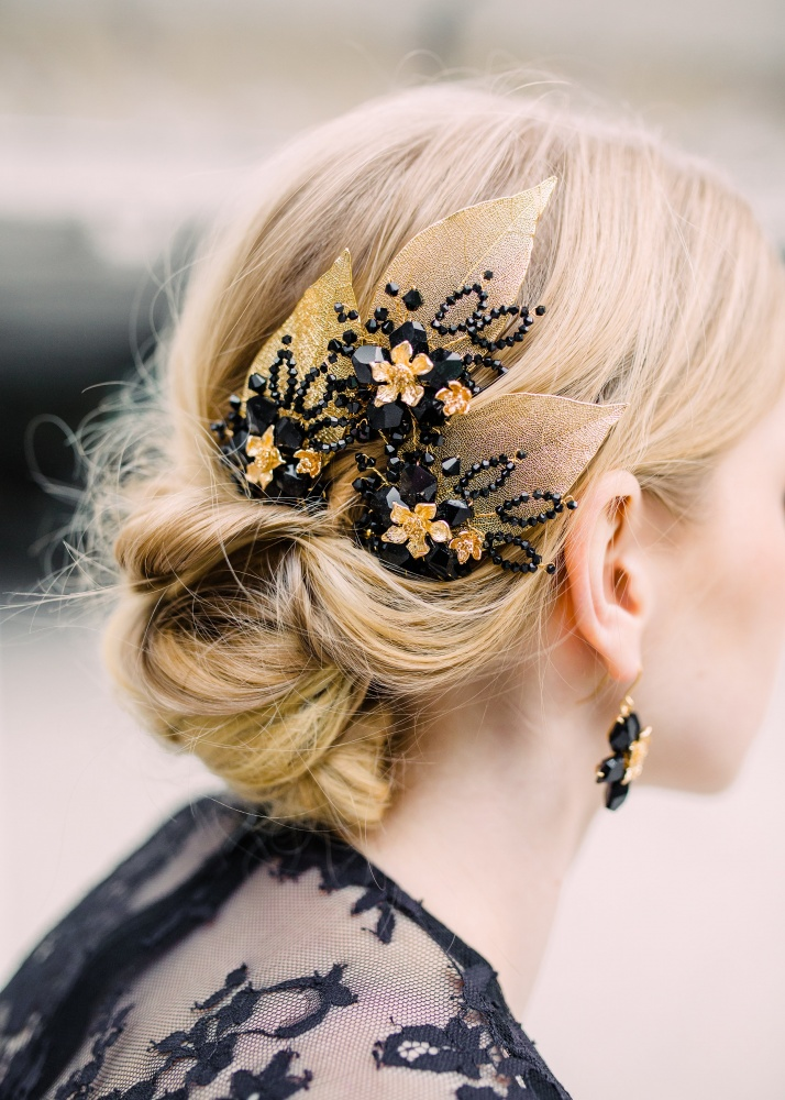 Image of Black crystal flower blossom hairpins - click to view