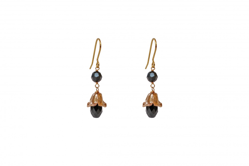 pearl and gold floral bud droplet earrings