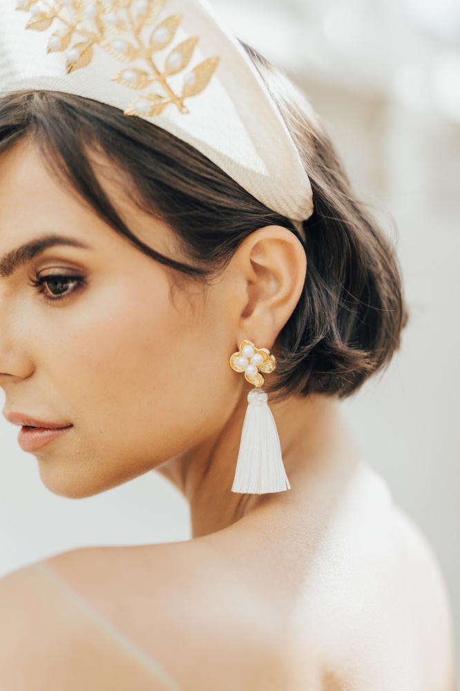 Image of white tassel fashion bridal earrings - click to view